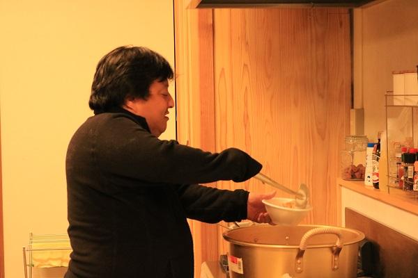 地域の担い手文化彩(キッチン)